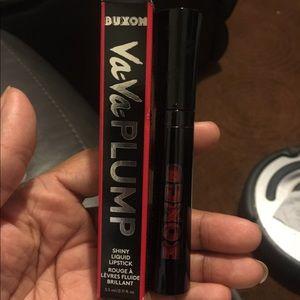 Va Va Plumb liquid lipstick